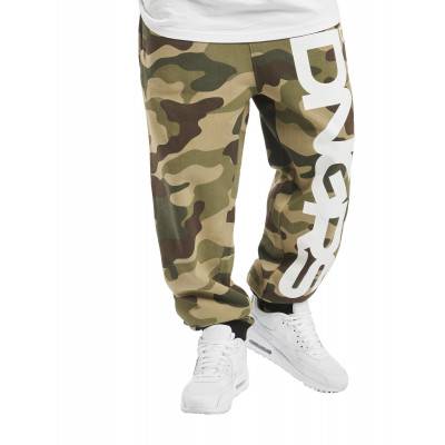 Dangerous DNGRS nohavice pánske Sweat Pant Classic in camouflage