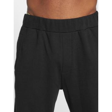 Ecko Unltd. / Sweat Pant Hidden Hills in black